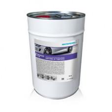 M 70 eco  Мультифункциональные средства для очистки всех поверхностей салона и кузова автомобиля.  Объём 5 л.  со спрей-насадкой.